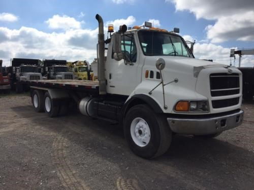 1999 STERLING LT9513 Rollback Tow Truck