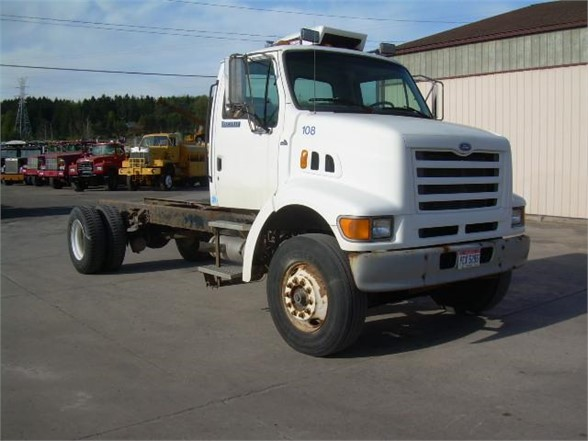 1997 FORD L8000 CAB CHASSIS TRUCK #556191