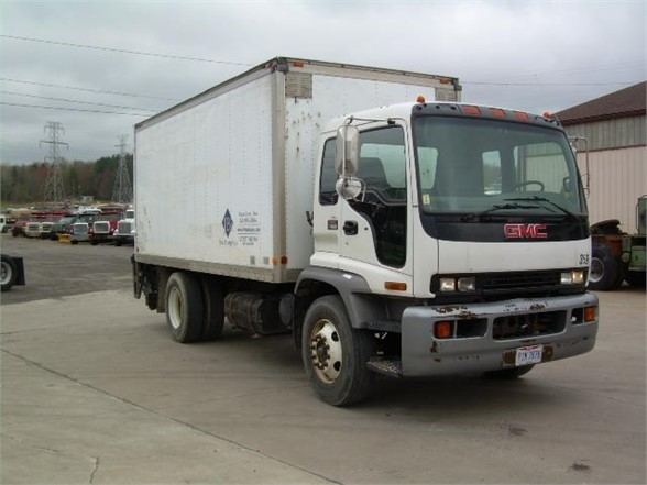 2005 GMC T7500 MOVING TRUCK #634191