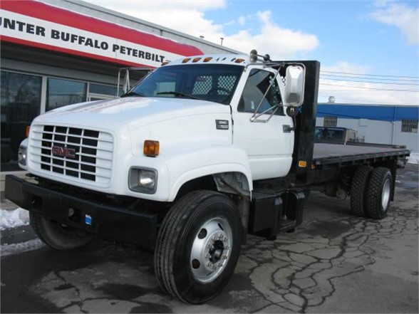 2002 GMC 7500 Flatbed Truck