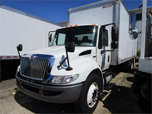 USED 2014 INTERNATIONAL 4300 BOX VAN TRUCK #656737