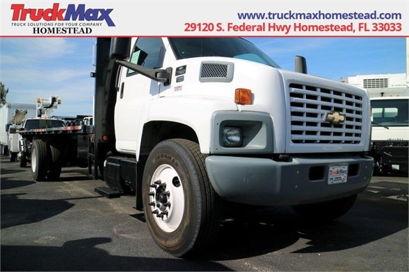 2006 CHEVROLET 7000 Flatbed Truck