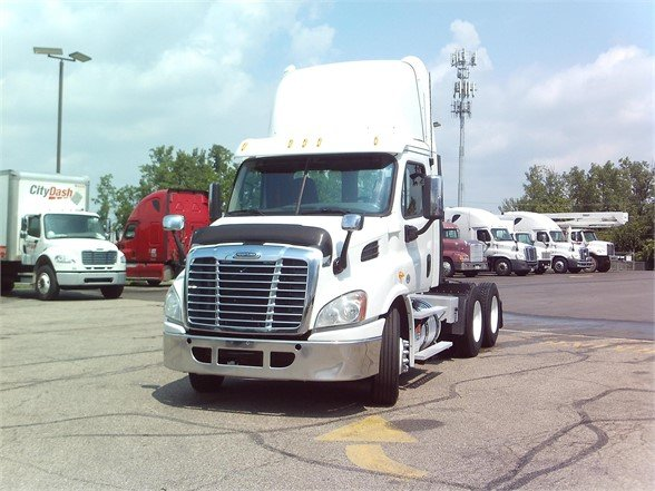 2013 FREIGHTLINER CASCADIA 113 DAYCAB 592224 Daycab