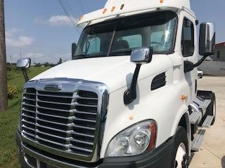 2014 FREIGHTLINER CASCADIA 113 DAYCAB 592228 Daycab