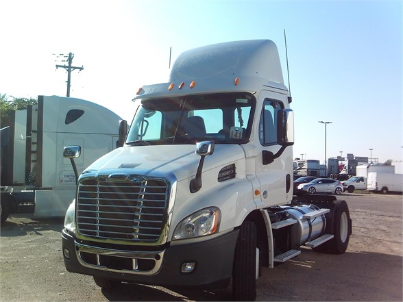 2014 FREIGHTLINER CASCADIA 116 DAYCAB 592230 Daycab