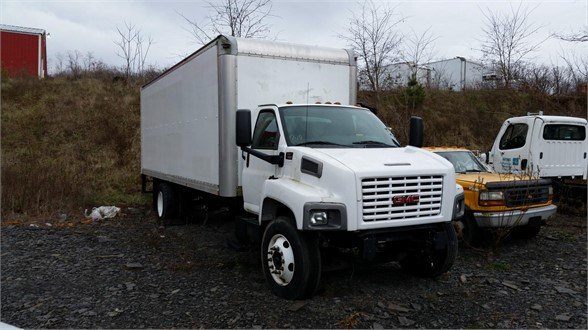 2005 GMC TOPKICK C7500 Moving Truck