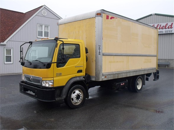 2006 INTERNATIONAL CF500 Box Van Truck