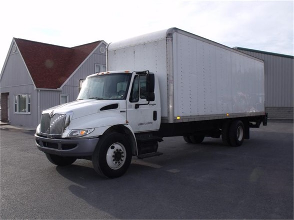 2012 INTERNATIONAL 4300 Box Van Truck
