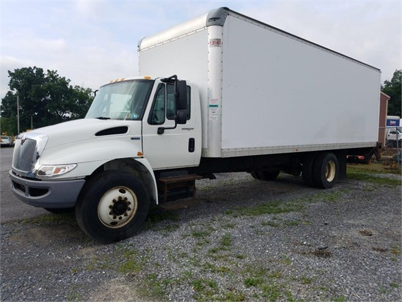 2012 INTERNATIONAL DURASTAR 4300 Moving Truck