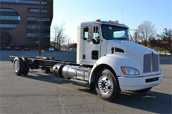 2016 KENWORTH T270 CAB CHASSIS TRUCK #696935