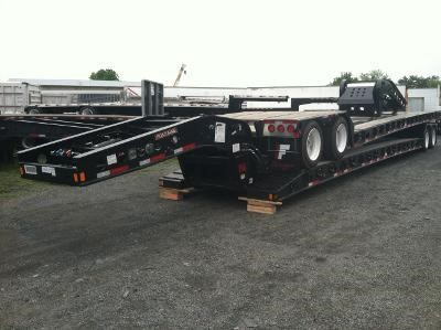 2013 FONTAINE 34-60 DD EXT Lowboy Trailer